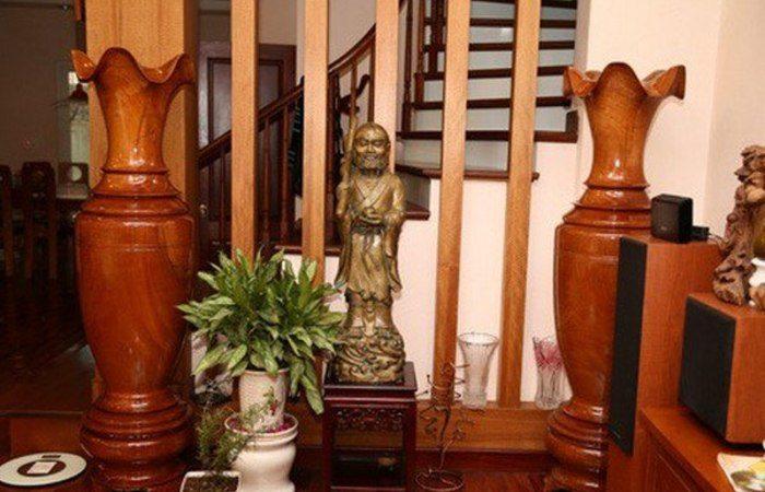 lục bình gỗ trong nhà